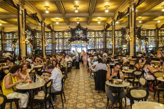 Rio De Janeiro - a Belle Epoque café