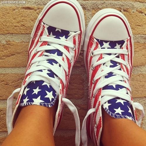 flag styled sneaker